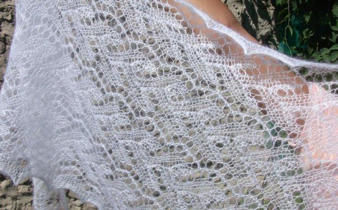 Ажурный палантин спицами: два варианта для вязания по схеме